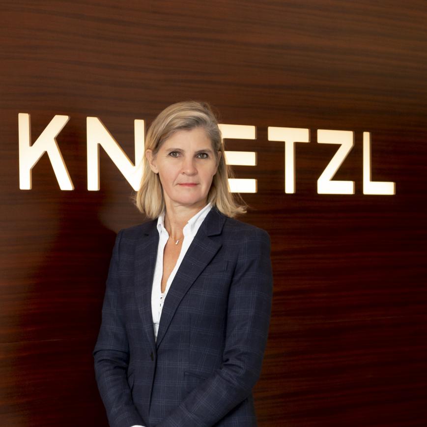 Knoetzl-Bettina4